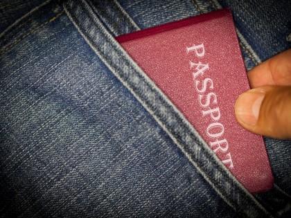 Perte de carte d'identité ou de passeport à l'étranger