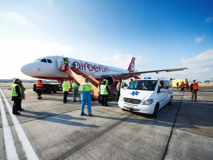 """L'opération """"Avions des neiges """" d'Europ Assistance"""