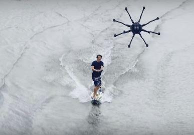 Le dronesurfing : surfer grâce à un drone tracteur