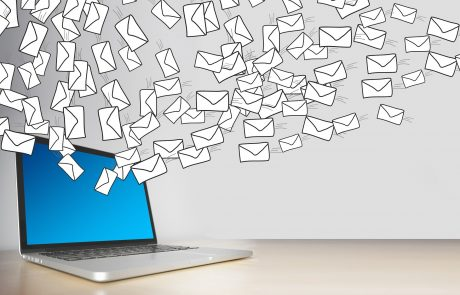 Hoe kan men een frauduleuze e-mail herkennen?