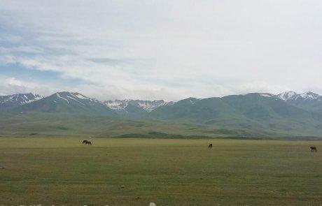 Montagnes et steppes du Kirghizstan et Kazakhstan