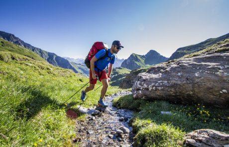 Zijn ecologische voetafdruk beperken op reis