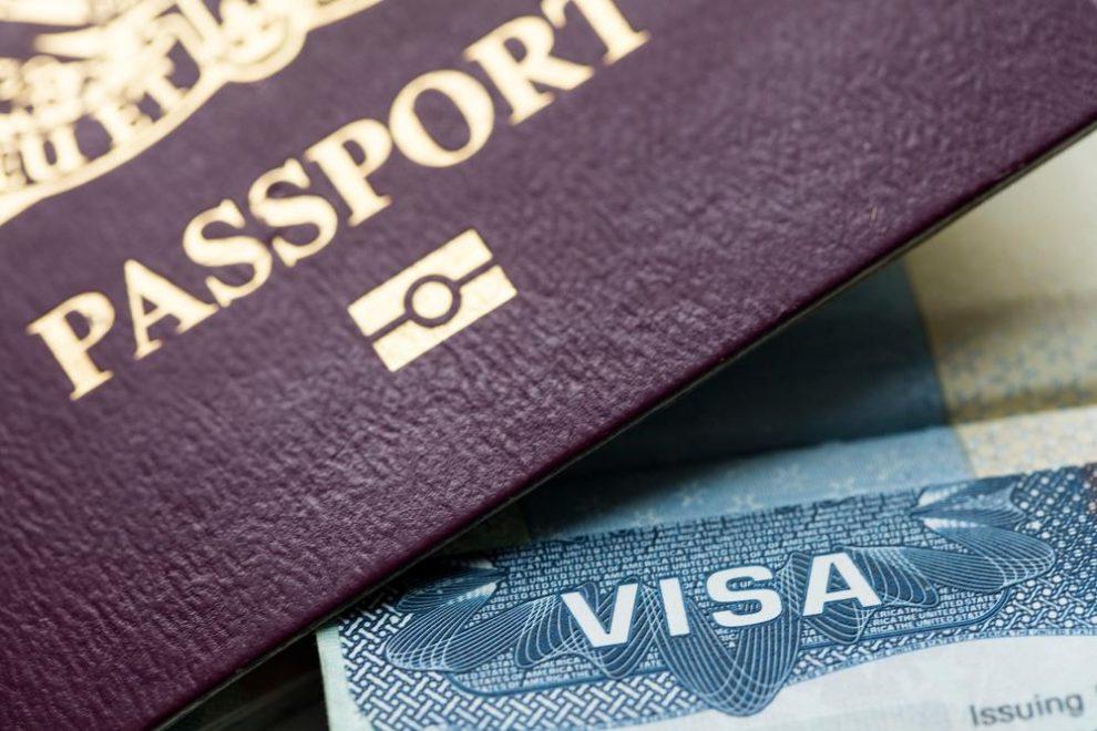 Hoe en waar een visum, ESTA of eTA aanvragen?