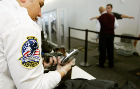 Le contrôle des appareils électroniques dans les aéroports