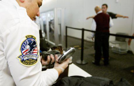 Controle op elektrische toestellen in de luchthavens