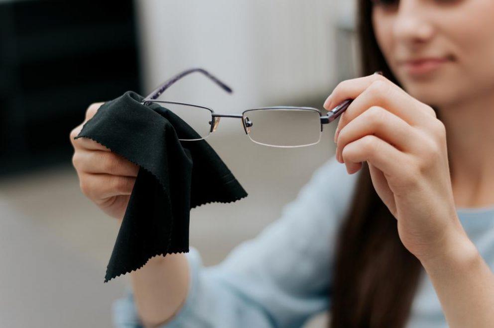 82aa613c28 Voyager avec des lunettes ou lentilles - Europ Assistance