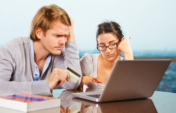 Kredietkaart geweigerd in het buitenland: waarom?