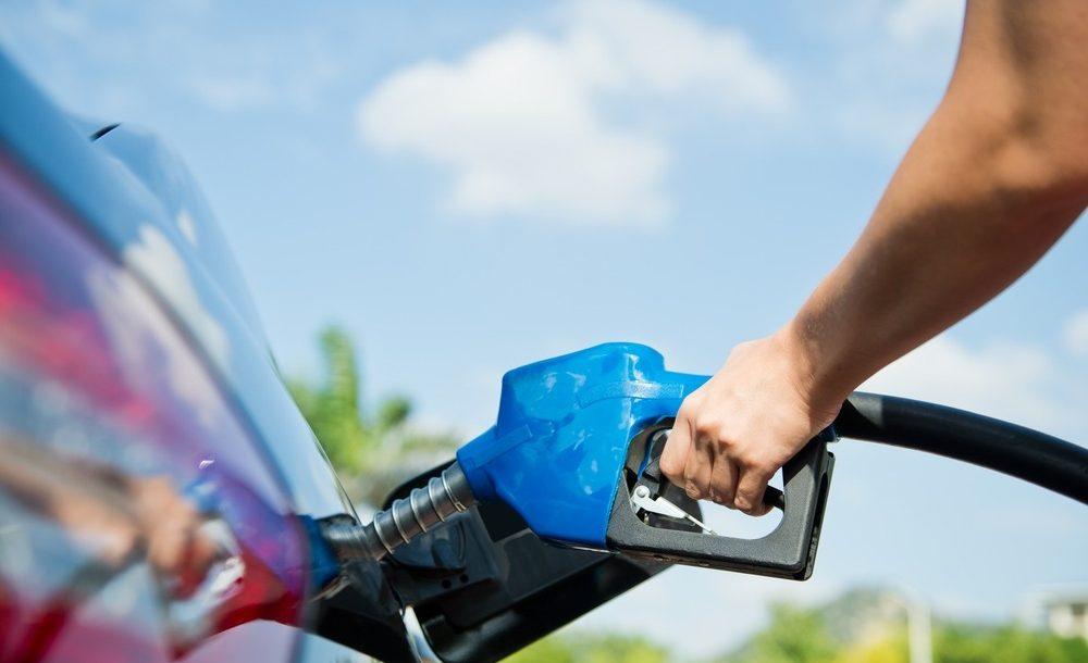 Zo verbruikt u minder brandstof met de wagen