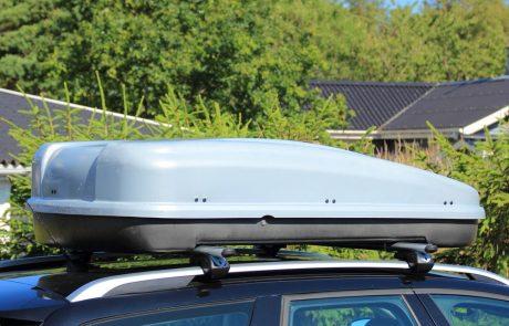 Le coffre de toit : avantages et inconvénients