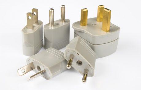 Prises et réseaux électriques à l'étranger